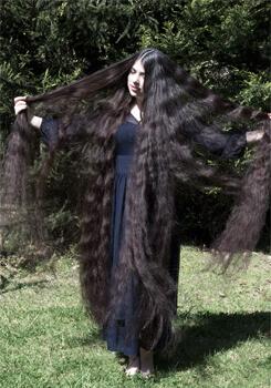 sonhar com cabelo comprido