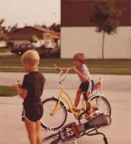 sonhar com crianças andando de bicicleta