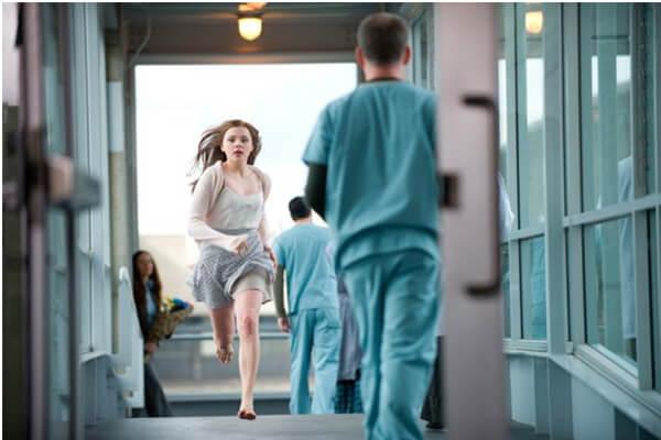 sonhar que foge de hospital