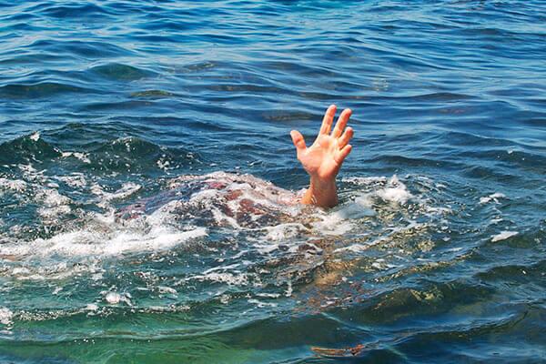Sonhar com afogamento: o que significa?