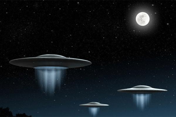 Sonhar com disco voador: o que isso significa?
