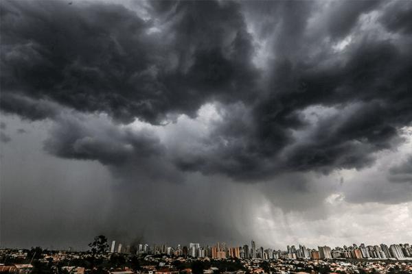 Sonhar Com Tempestade: Quais São Os Principais Significados?
