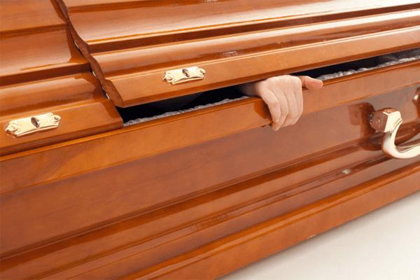 Sonhar com caixão: o que significa?