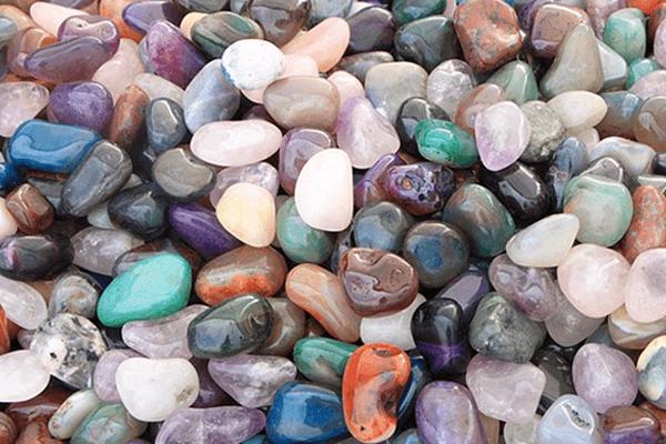 cbc492f53d Sonhar com pedras  o que isso significa  - Sonhar com - Significado ...