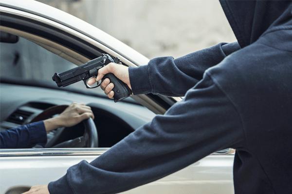 Sonhar com roubo de carro: quais são os significados?