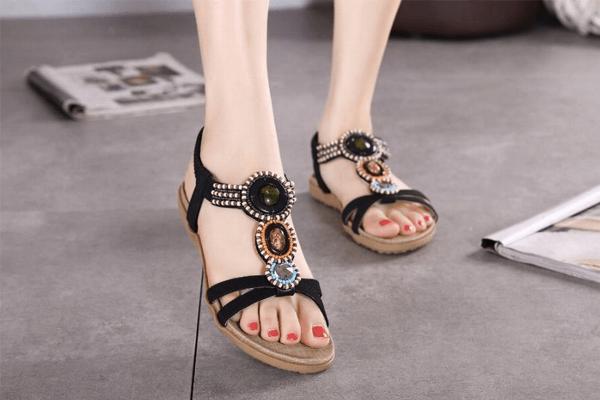 Sonhar com sandália: quais são os significados?