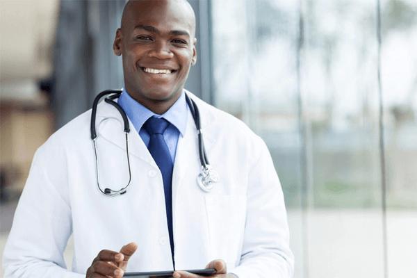Sonhar com médico: o que significa?