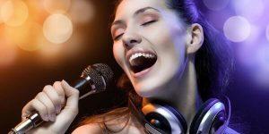 Sonhar com cantor famoso