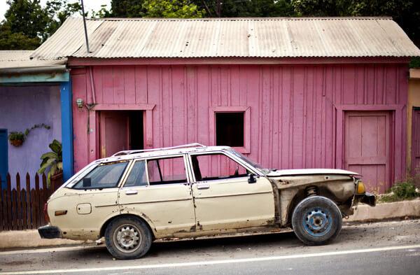 Sonhar com carro velho