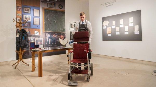 Sonhar com cadeira de rodas
