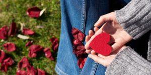7 sinais de que vale a pena insistir no crush