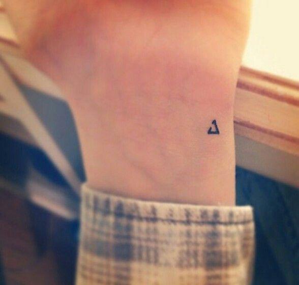 As melhores tatuagens - Triângulo incompleto
