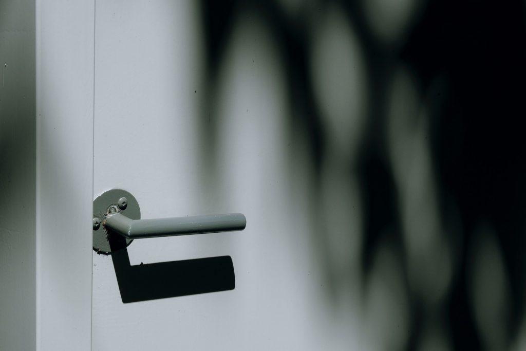 Porta sem fechadura