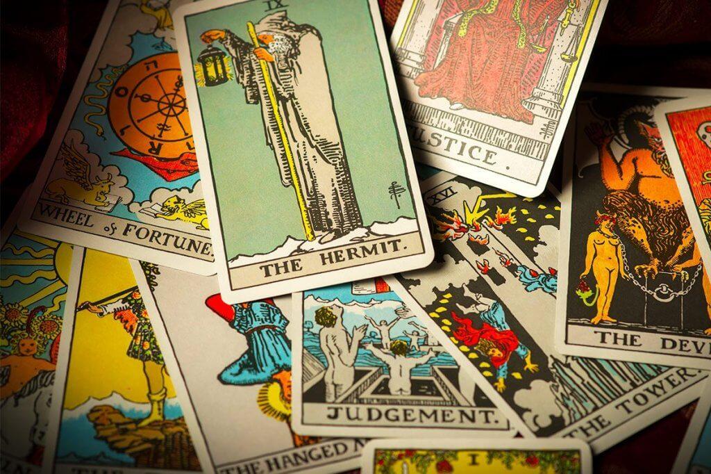 Significado das cartas de tarot: como funcionam?