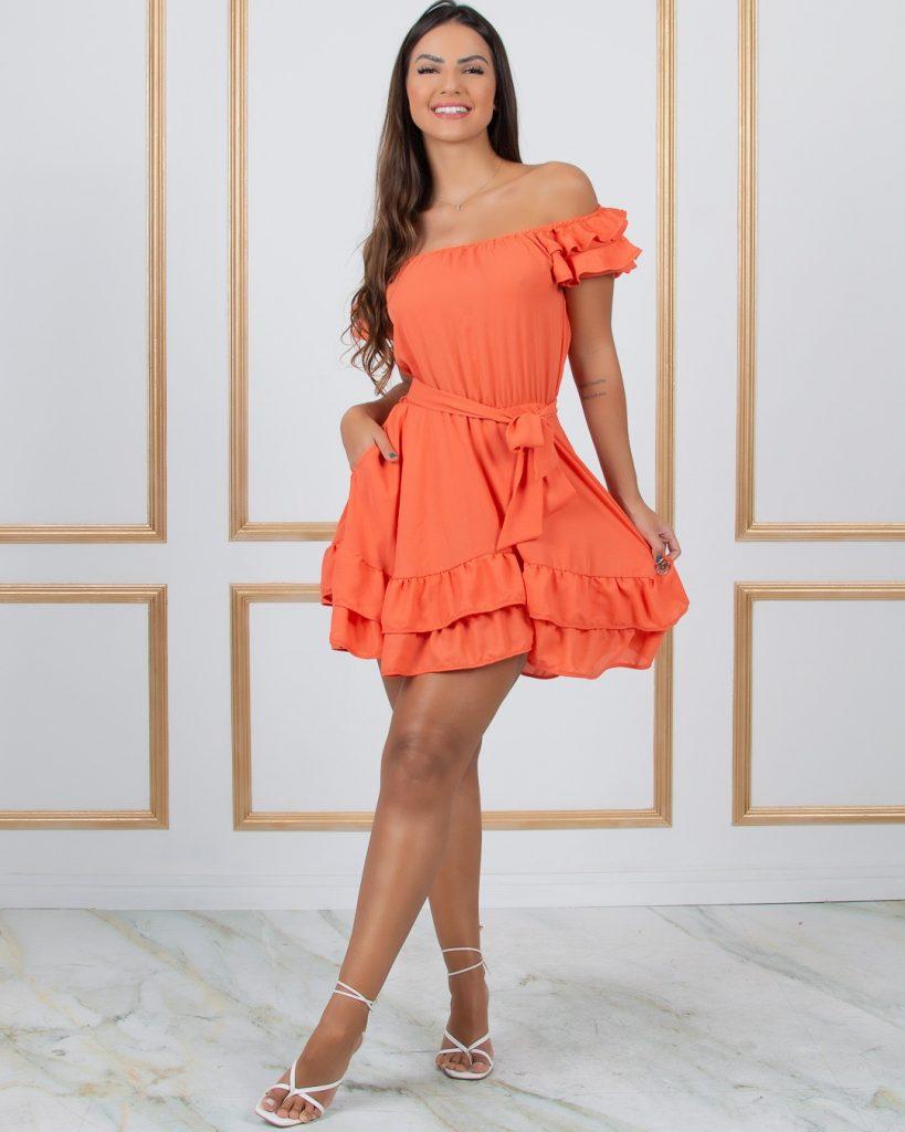 Vestido laranja rodado